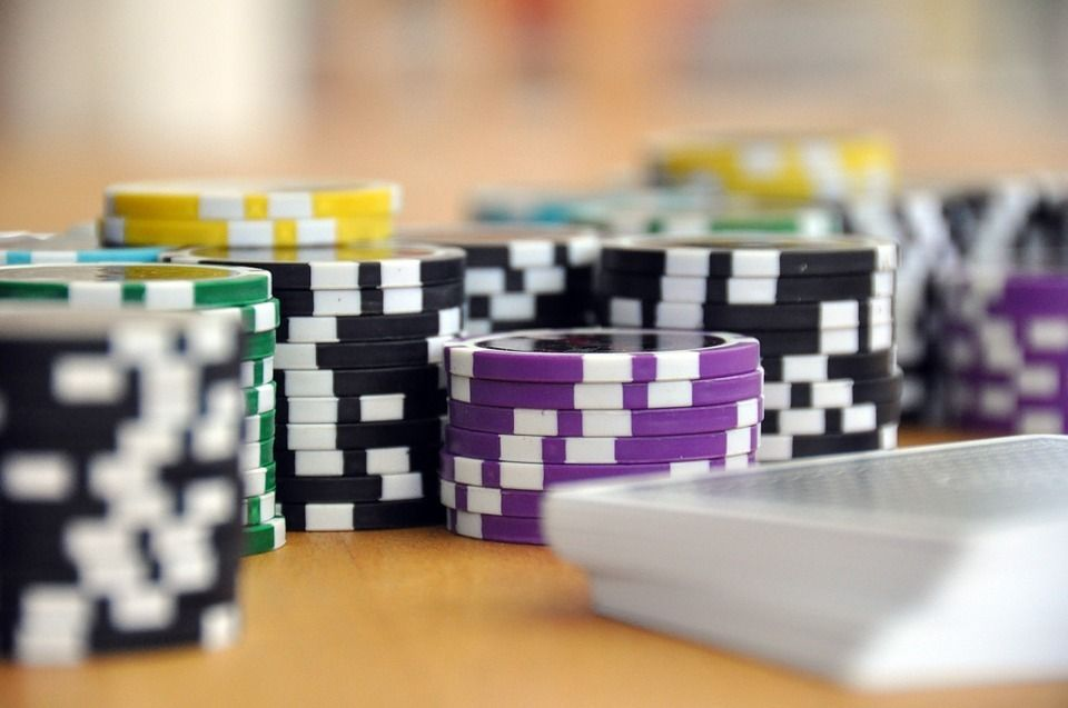In April 2020, Google And Yahoo and Casino!